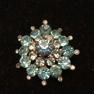 💎 VINTAGE CORO blue crystal flower brooch